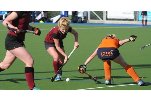 Ladies' 1s v Swansea 010