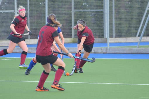 Ladies' 4s v Oxford 011