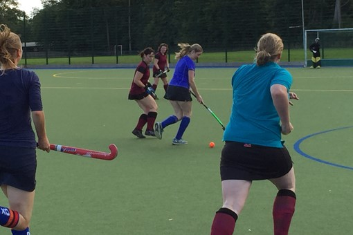 Ladies' 6s v Oxford 012