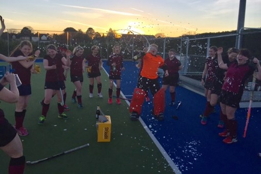 Ladies' 6s celebrate winning the league 002