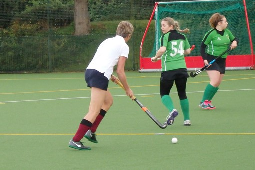 Ladies' 7s in friendly v Bicester 4s 002