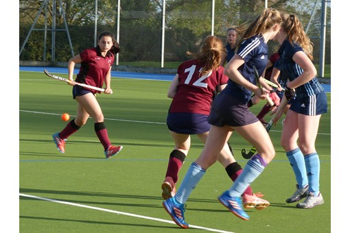 U16 Girls' A team v Reading 012