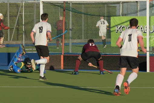 Men's 1s v London Wayfarers 010
