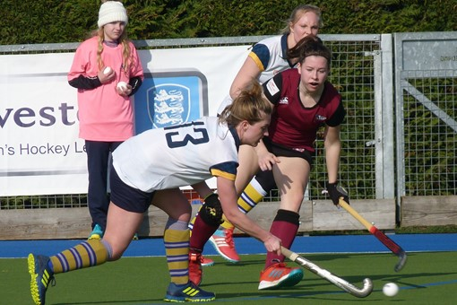Ladies' 1s v Barnes 024