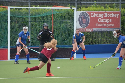 Ladies' 2s v Oxford 1s in Friendly 010