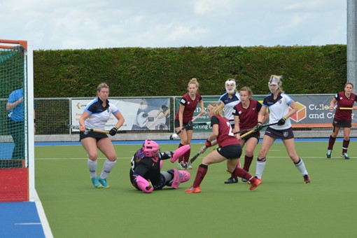 Ladies' 1s v Clifton Robinsons 018