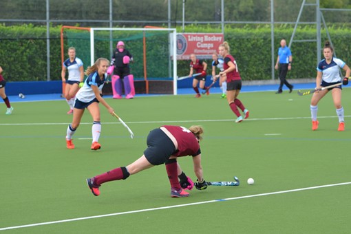 Ladies' 1s v Clifton Robinsons 019