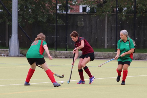 Ladies' 8s v Iver & Burnham 010
