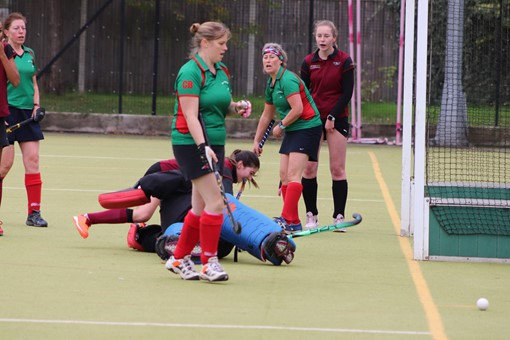 Ladies' 8s v Iver & Burnham 012